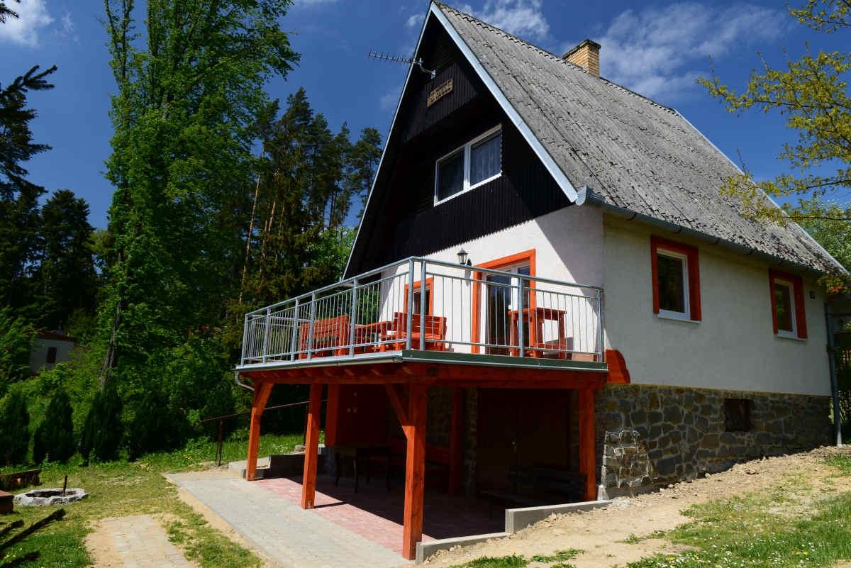 Chata U Rokle - levná rodinná letní dovolená